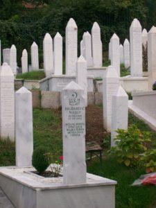 Jakbyś kamień jadła - Wojciech Tochmann - Sarajewo cmentarz