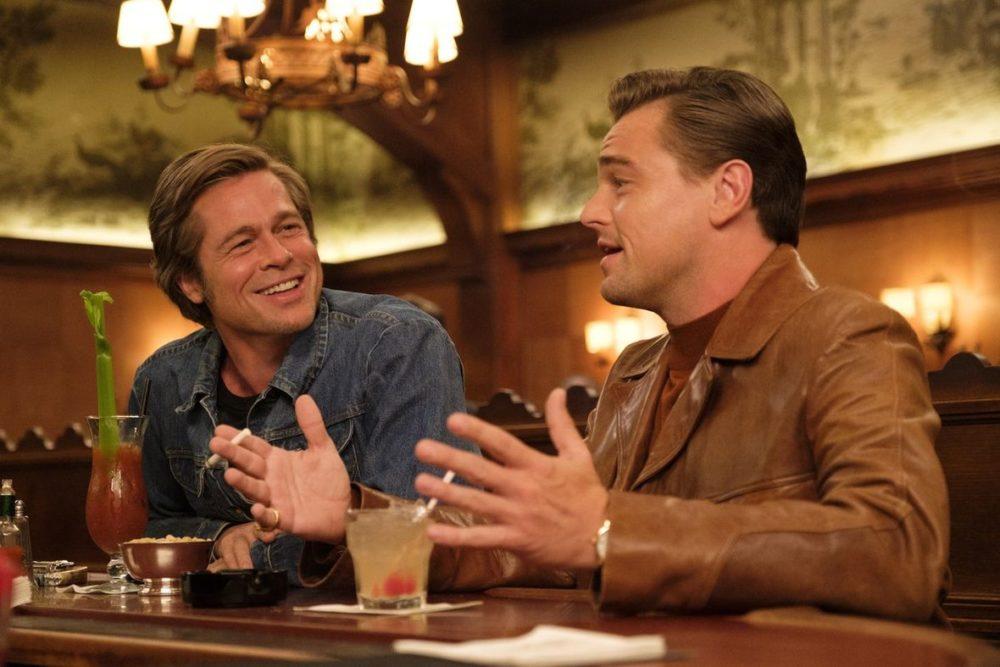 """Brad Pitt oraz Leonardo di Caprio w filmie """"Pewnego razu w Hollywood..."""" reż. Quentin Tarantino"""