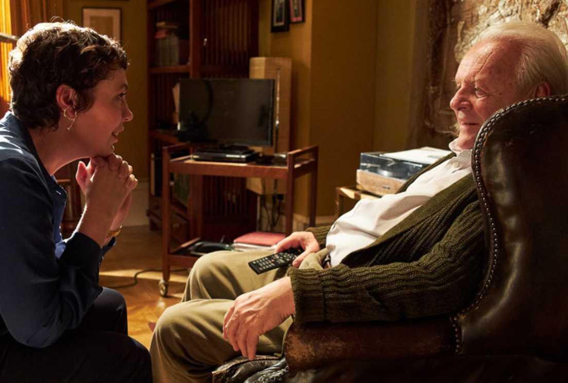 """Olivia Colman jako córka i Anthony Hopkins jako ojciec w filmie Floriana Zellera """"Ojciec"""""""